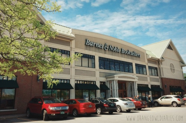 barnes and noble bookstore